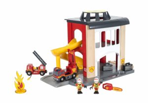 BRIO world- central fire station